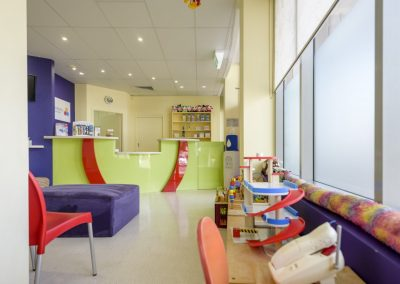 abc dentistry buderim pediatric dentist waiting room
